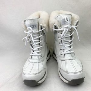 UGG Adirondack III Waterproof Boot sz 7.5